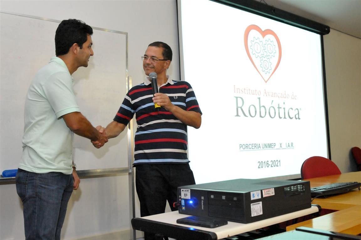 Palestra com Rogério Vitalli, do Instituto Avançado de Robótica Auditório Grená do campus Santa Bárbara